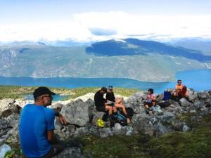 Havpadlere i OKK på padle- og fjelltur i vakre Sognefjord