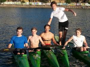 Fra venstre: Mathias (Asker), Håkon, Atle (Asker), Jon Amund (stående) og Markus