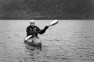 Oluf padler året rundt. Foto: Christin Aronsen