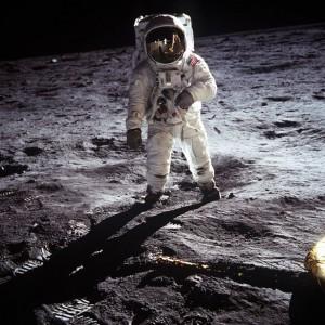 Neil Armstrong gikk på månen